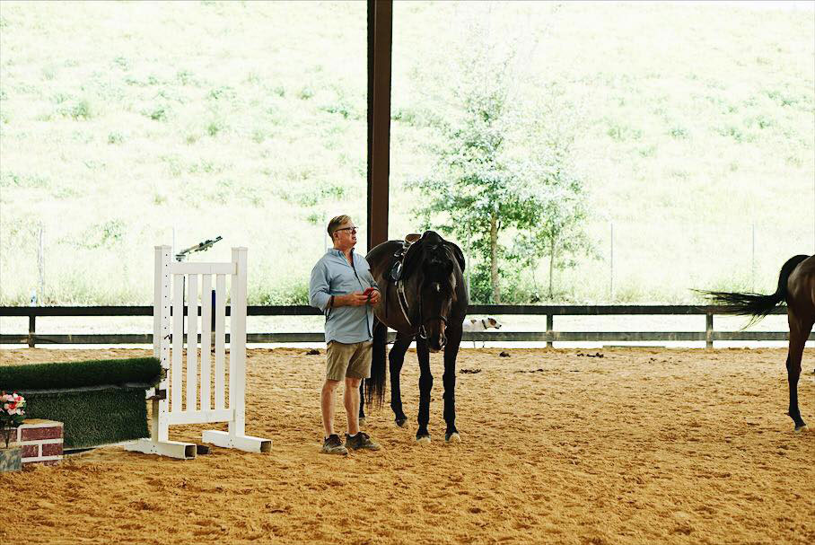 Waters Edge Stables, Professional equestrian facility, hunter/jumper specialty, full-service barn & facilities, horse boarding, riding lessons, horse shows, Waddy, Owner, Head Trainer